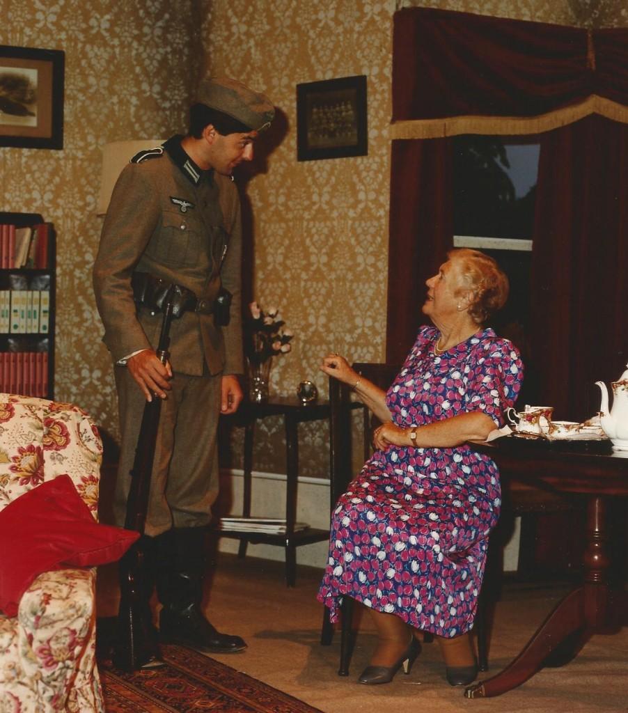 Dame of Sark 1990 (3)
